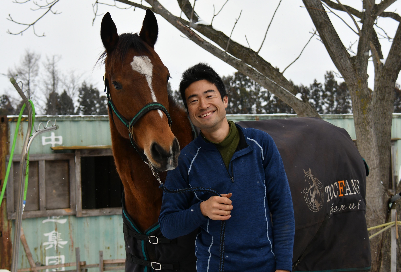 【掲載】週刊Gallop「風のたより」~八幡平で引退馬の新たな余生を